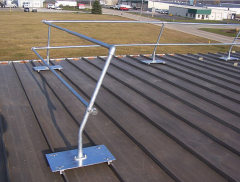Standing Seam (SG) E-Clamp Straight Safety Rail