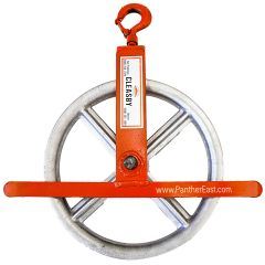 Hoisting Wheel with latch hook - ladder derrick hoisting wheel - CLEASBY - Roof Zone -